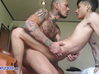 Fat cock up the Thai boy